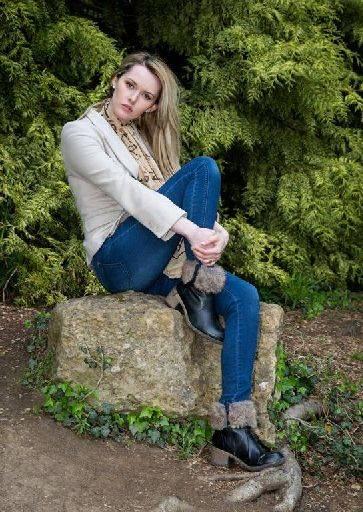 pose lot carla flash angle Simon Q. Walden, FilmPhotoAcademy.com, sqw, FilmPhoto, photography