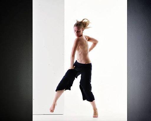 julie waterhouse studio skills setting Simon Q. Walden, FilmPhotoAcademy.com, sqw, FilmPhoto, photography