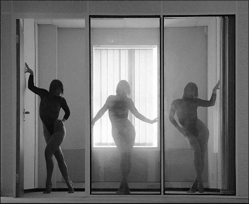 poses panels freya vertical reflections Simon Q. Walden, FilmPhotoAcademy.com, sqw, FilmPhoto, photography