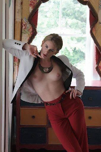 Artemis Fauna model, artemis working props posing fashion Simon Q. Walden, FilmPhotoAcademy.com, sqw, FilmPhoto, photography