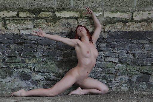 Freya  model, freya brick posing farm creating Simon Q. Walden, FilmPhotoAcademy.com, sqw, FilmPhoto, photography