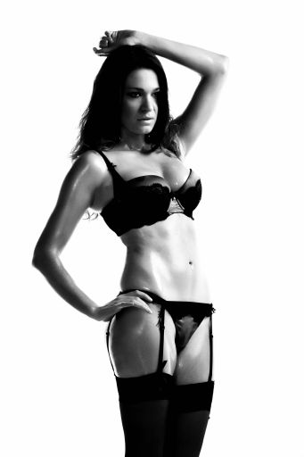 Simon Q. Walden, FilmPhotoAcademy.com, sqw, FilmPhoto, photography Brodie Lock model, , nudephotography, locationshoot, modelling, fashion poses, fashiondaily, poses, art nude, pose, sensual_art, nudephotography, redhead, hot, shoelove, posing, form